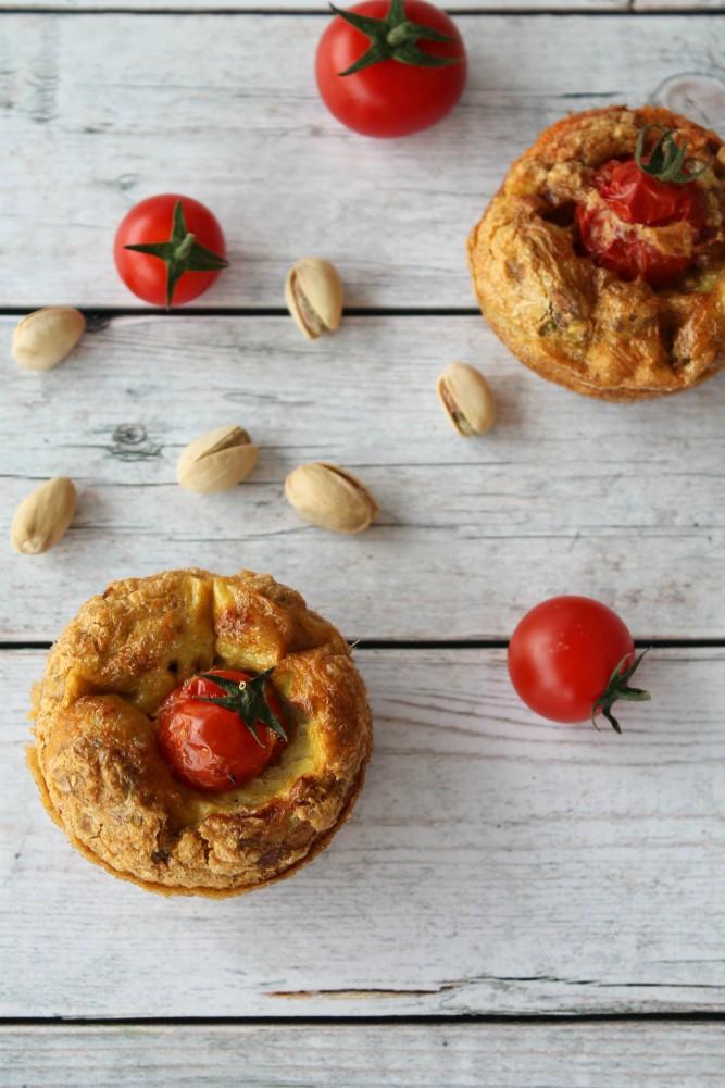 Muffin frittata pomodori secchi pistacchi